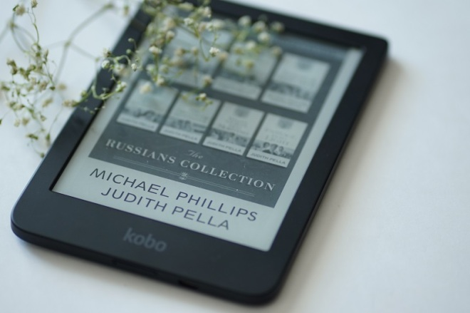 The Crown and the Crucible Book Review